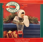 1990 Eskimo Stocking Hanger, Frosty Friends