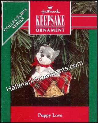 Hallmark 2012 Keepsake Ornaments QX 8034 Puppy Love #22