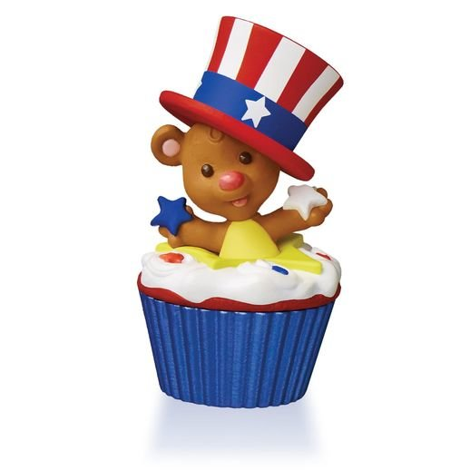 2015 Star-Spangled Bear Keepsake Cupcake