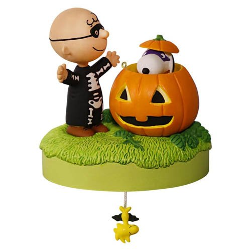 2016 Halloween - Trick or Treat?, Peanuts