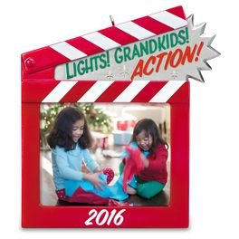 2016 Lights! Grandkids! Action!, Photo holder