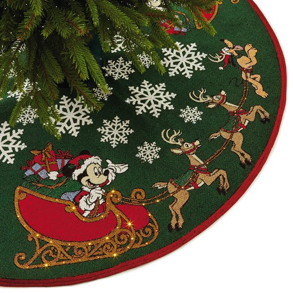 2017 Oh, What Fun! Tree Skirt - Disney Mickey Mouse, Magic