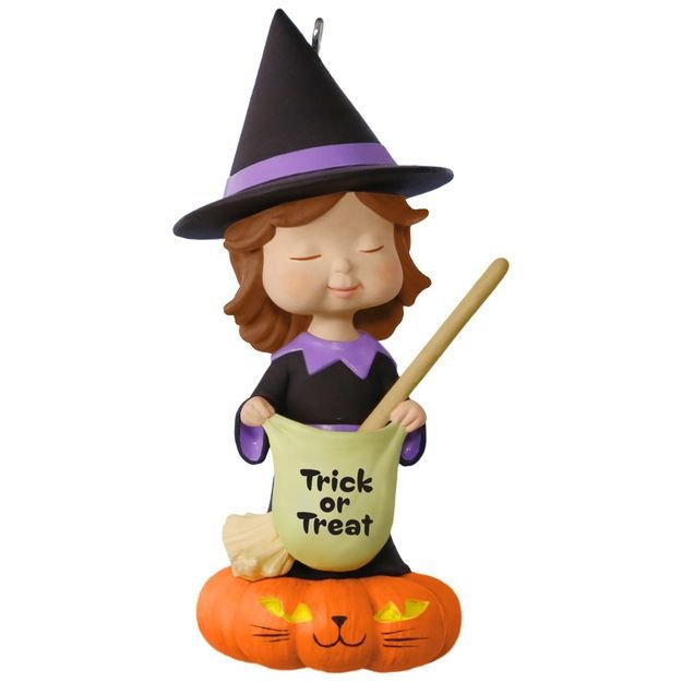 2017 Halloween - Sweet Trick or Treater