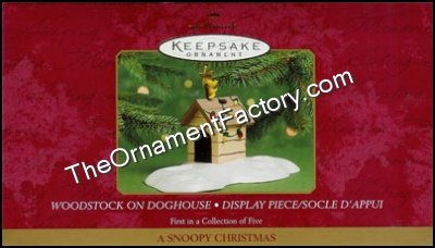 2000 Woodstock on Doghouse Display, A Snoopy Christmas, Peanuts DB