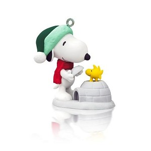 2014 Winter Fun With SNOOPY, Peanuts, Miniature