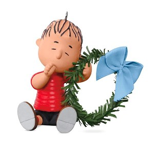 2017 A Comfy Christmas for Linus - The PEANUTS Gang