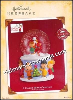 2005 A Charlie Brown Christmas, Peanuts, Musical Snow Globe