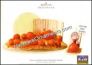 2006 Linus and the Great Pumpkin Patch, Display Base with Linus Ornament